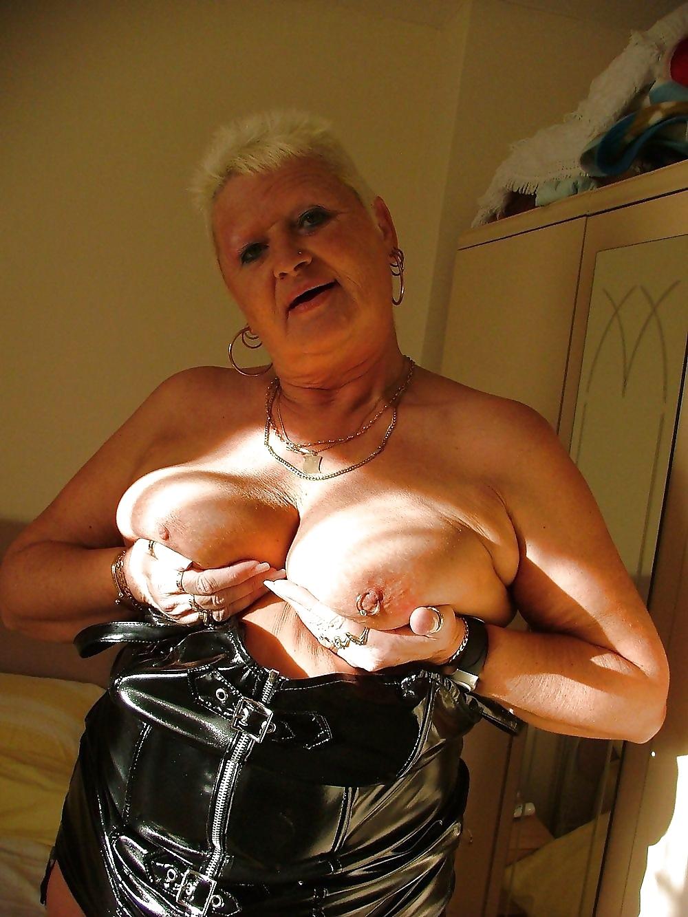Reife schamlose Schlampen in kostenlos Nacktbildern